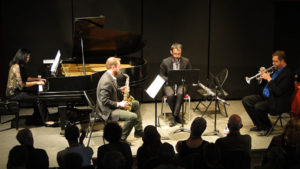 sax-clarinet-piano-140330